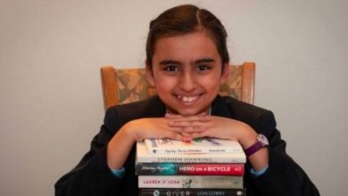 Photo of 10-year-old girl has same IQ as that of Einstein, Hawking