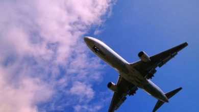 Photo of Man fakes three bomb threats to delay his flight