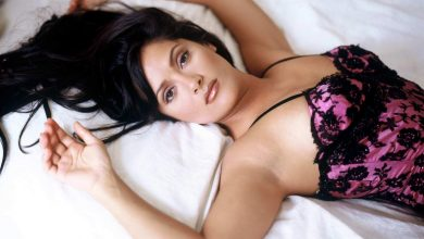 Photo of Hollywood star Salma Hayek Thinks That She Doesn't Have Hot Body
