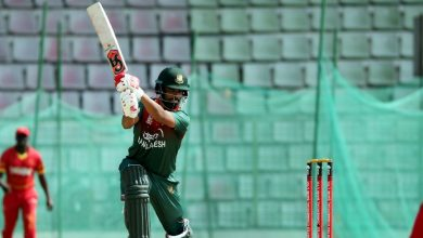 Photo of 'Two more boundaries and all of you will get off his back' – Neil McKenzie supports Tamim Iqbal