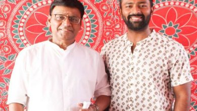 Photo of Tamil director K Bhagyaraj, son Shantanu in rom-com