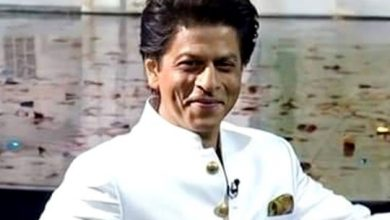 Photo of Watch: Shah Rukh Khan busts out moves for coronavirus awareness