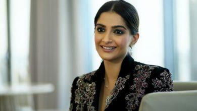 Photo of Bollywood's Sonam Kapoor shares advice in wake of coronavirus