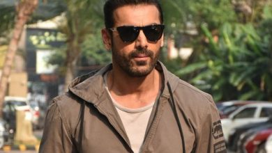 Photo of Bollywood star John Abraham being compared to the Hulk?