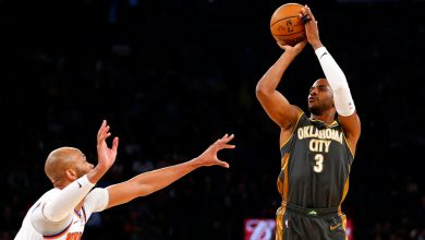 Photo of Chris Paul trolls Knicks, pays homage to Spike Lee on sneakers