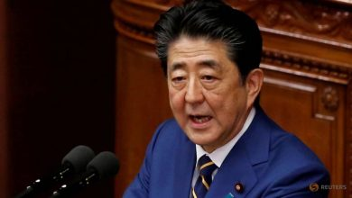 Photo of Japan PM Shinzo Abe to alter law to allow emergency declaration over COVID-19 outbreak