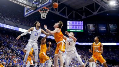 Photo of Kentucky bans fan from future games for use of racial slur