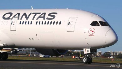 Photo of Australian carrier Qantas slashes international routes by 90%