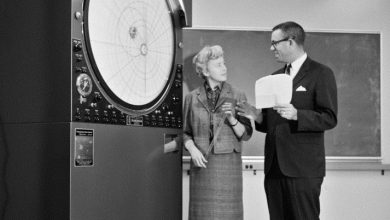 Photo of E. Margaret Burbidge, Astronomer Who Blazed Trails on Earth, Dies at 100
