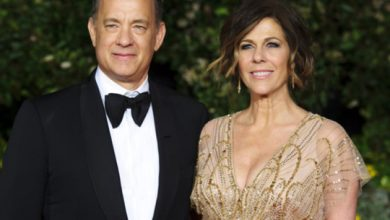 Photo of COVID-19: Tom Hanks, Rita Wilson offer blood to help with vaccine