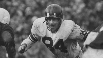 Photo of Harland Svare, 89, Giants Linebacker and Young Head Coach, Dies