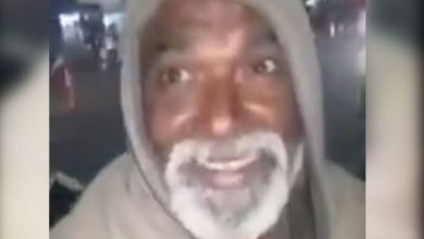 Photo of Watch: Twitter India in awe of Indian beggar singing Jim Reeves' 'He'll Have to Go' in viral video