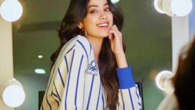 Photo of Janhvi Kapoor's picture posted by Sridevi goes viral