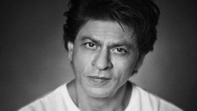 Photo of COVID-19: Shah Rukh Khan and Priyanka Chopra's global plea