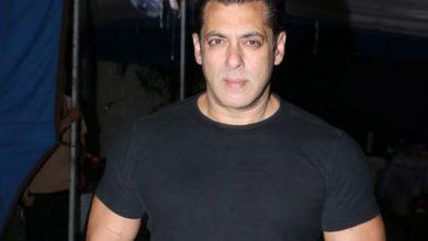 Photo of Coronavirus: Salman Khan pays 'Radhe' crew despite shoot stalling