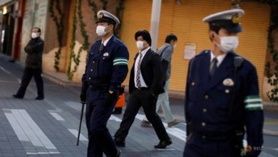 Photo of Japan urges citizens to isolate as reports warn of 400,000 COVID-19 deaths