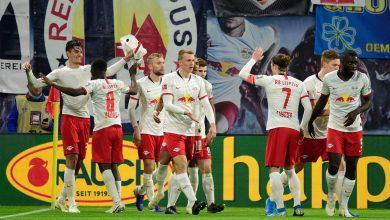 Photo of Bundesliga return needs coronavirus testing, political backing