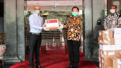 Photo of Singapore sends additional medical supplies to support Indonesia's fight against COVID-19