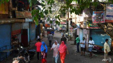 Photo of COVID-19 cases, deaths rise in India's biggest slum