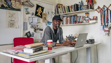 Photo of A Tanzanian Cartoonist Has a Stick for Every Powerful Eye
