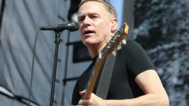 Photo of Bryan Adams apologises after 'bat eating' racist rant
