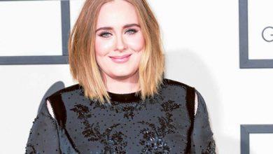 Photo of Adele wears iconic dress from 2016 Glastonbury