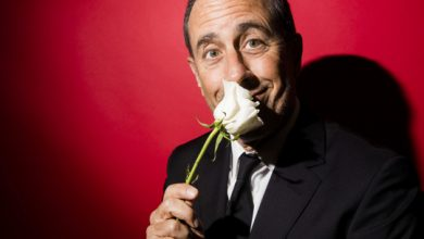 Photo of Jerry Seinfeld goes back to his roots for new comedy