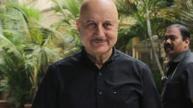 Photo of Anil Kapoor, Anupam Kher condole loss of lives in Karachi plane crash