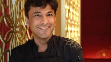 Photo of Chef Vikas Khanna cooks up special dish for Sonu Sood