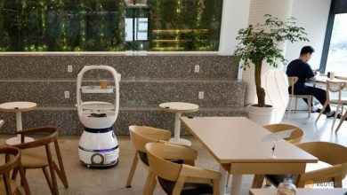 Photo of South Korean cafe hires robot barista to help with social distancing