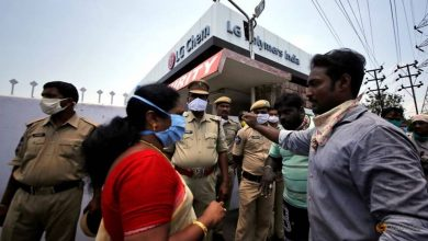 Photo of Protesters demand closure of LG Polymers plant in India after toxic gas leak