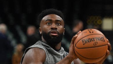 Photo of Jaylen Brown leads protest in Atlanta, drives 15 hours from Boston