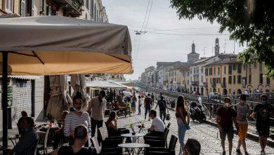Photo of Older Italians Warily Eye Young Crowds, Fearing 2nd Coronavirus Wave