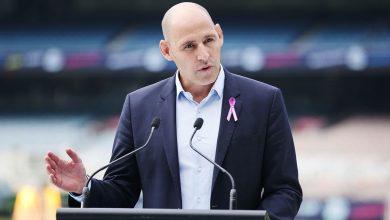 Photo of Cricket Australia chief Kevin Roberts to be replaced by interim Nick Hockley