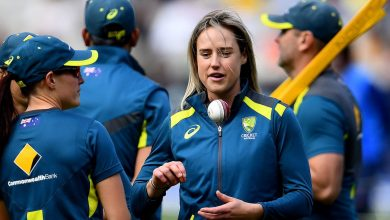 Photo of Ellyse Perry to continue rehab in hope of being fit for WBBL