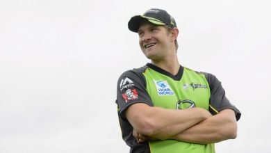 Photo of Shane Watson slams 'absurd reactionary whispers' over Greg Dyer's position