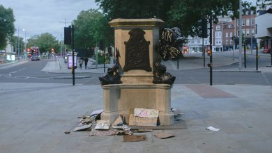 Photo of In an English City, an Early Benefactor Is Now 'a Toxic Brand'
