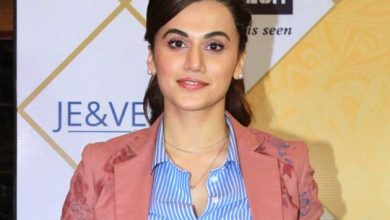 Photo of Bollywood actor Taapsee Pannu recites poem 'Safar' on plight of migrants labourers