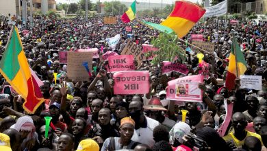 Photo of Tens of Thousands Protest in Mali Amid Growing Opposition to Keita Presidency