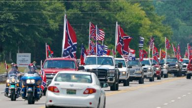 Photo of Abiding by the Confederate Flag Ban Inside Talladega, Grudgingly