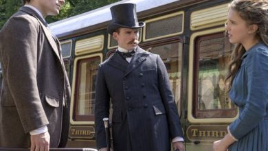 Photo of Arthur Conan Doyle estate sues Netflix over 'emotional' Sherlock Holmes
