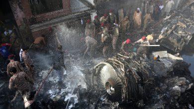Photo of Pilots Discussed Coronavirus, Ignoring Alerts Before Pakistan Crash, Officials Say