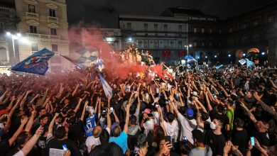 Photo of Napoli fans Coppa Italia celebration ripped for being 'reckless'