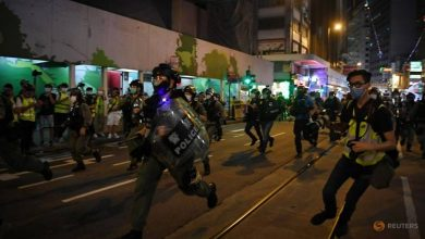 Photo of Hong Kong police arrest 53 during fresh protests