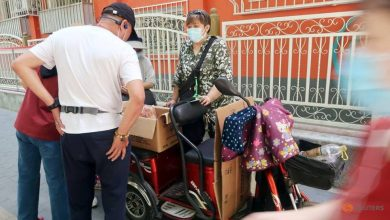 Photo of Once targeted by officials, China's street vendors make unexpected comeback