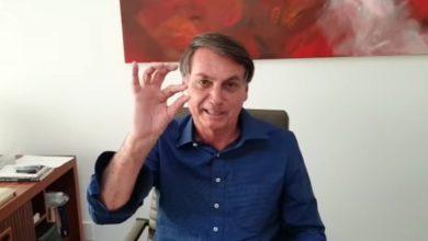 Photo of Bolsonaro Hails Anti-Malaria Pill Even as He Fights Coronavirus