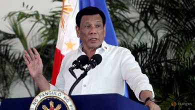 Photo of Philippines' Duterte recommends petrol to clean face masks, says 'not joking'