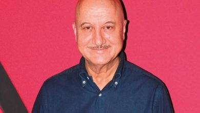 Photo of COVID-19: Anupam Kher says mum is healthy, will be quarantined at home