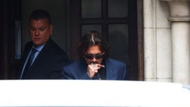 Photo of Johnny Depp accuses Heard of cutting off his fingertip
