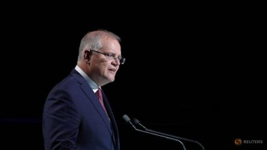 Photo of Australian PM suspends extradition treaty, extends visas for Hong Kong citizens